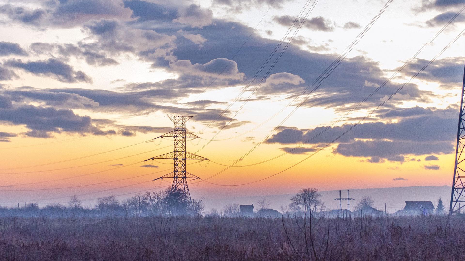 Høye strømpriser? Fyr med ved!